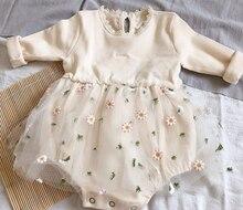 2021 на возраст от 0 до 18 месяцев, для маленьких девочек осенние трикотажные ползунки платье Милая футболка с длинными рукавами, с круглым выре...