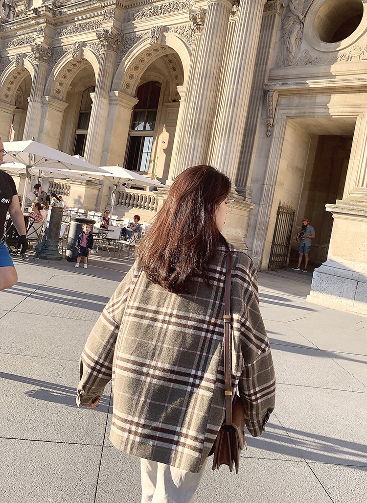 MISHOW 2019 Autumn Winter Gray Thick Woolen Coat Women Causal Lapel Striped Plaid Long Sleeve Coat Jackets  MX19C9538 25