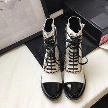 Брендовая женская обувь на шнуровке круглый носок пинетки женские осенние ботинки; женская обувь на низком каблуке с бантом, модные женские рок ботинки на плоской резиновой подошве