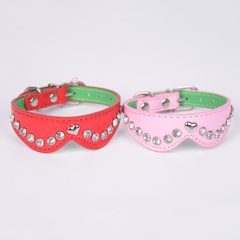 Manufacturers Direct Selling Pet Pu Neck Ring With Man-made Diamond Heart Solid Color Neck Ring Retractable Dog Neck Circle Pet