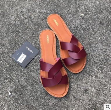 New Women l Beach Shoes Flat Woman Sandals Summer 2019 Woman Shoes Lady Fashion Slippers Luxury Shoe Women Designers Slipper