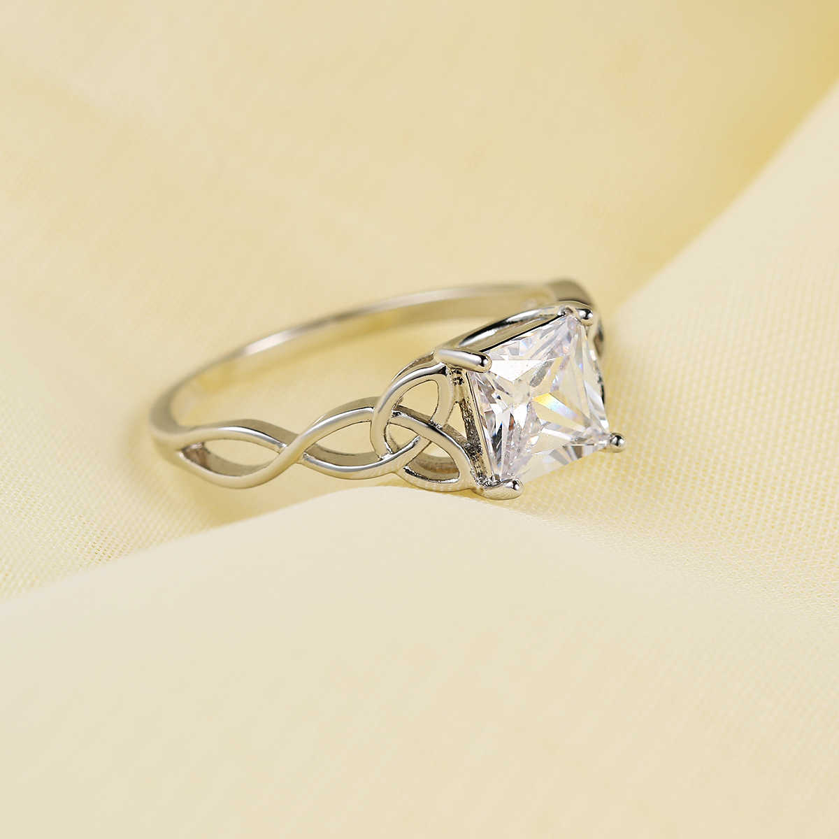 ZHOUYANG แหวนอารมณ์บางไขลานหมั้นแหวน Silver Silver Cubic Zirconia แฟชั่นเครื่องประดับของขวัญ DZR018