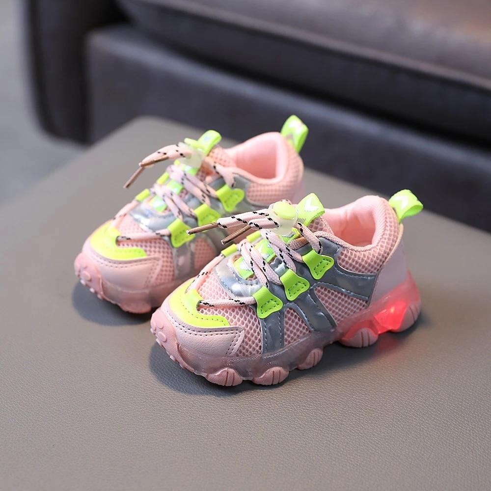 ULKNN; Новинка; Спортивная обувь на шнуровке; Обувь на шнуровке с подсветкой Детские сетчатые Дышащие Детские кроссовки со светодиодной подсветкой для мальчиков детская обувь 2021 Весна