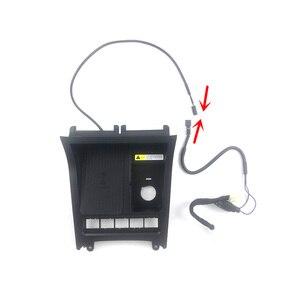 1 комплект ABS пластик Материал 15 Вт Быстрая Зарядка QI автомобильное беспроводное зарядное устройство для телефона Зарядка для 2008-2013 Volkswagen VW ...