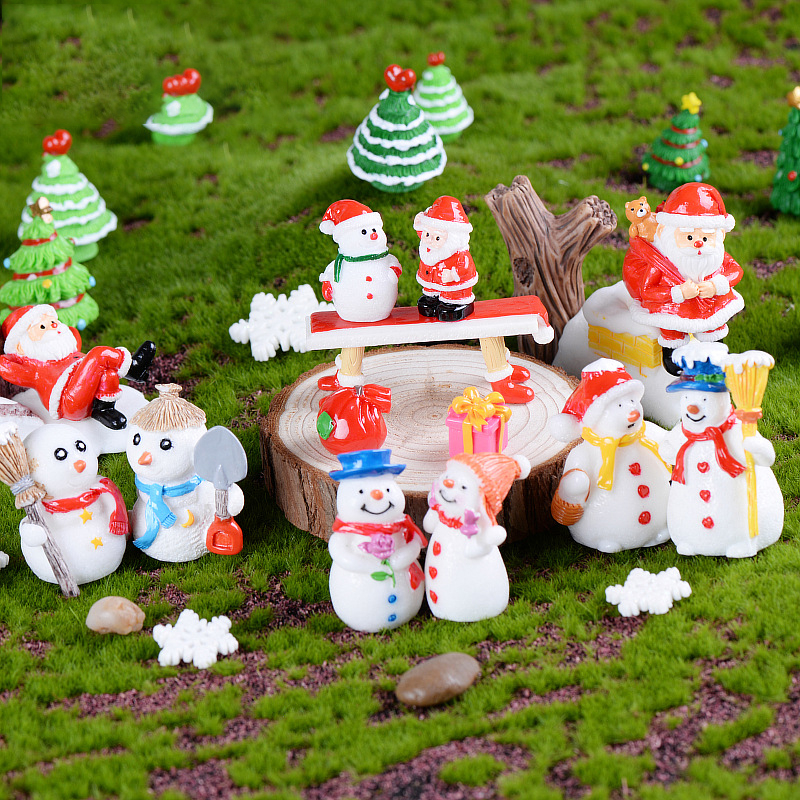 Christmas Decoration Home Resin Mini Santa Claus Snowman Micro Landscape Decor DIY Artware Accessories
