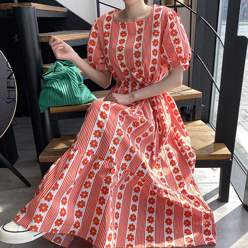 SHENGPALAE 2020 New Summer Women Vintage Loose High Waist Slim Was Thin Elegant Square Collar Flowers Maxi Dress ZA4529