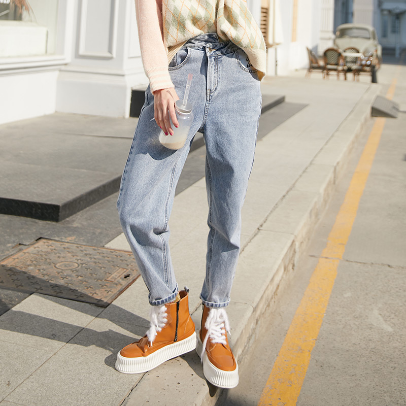 SAM'S TREE Blue Solid Letter Embroidery Washed Casual Jeans Women 2020 Winter White Pure Minimalist Straight Ladies Trousers