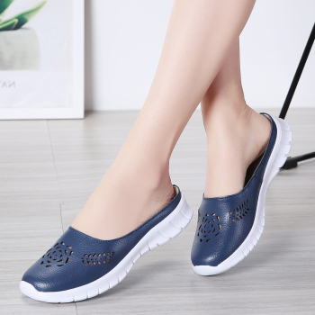 Hot 2020 solid women sandals summer slippers flip flops Genuine Leather flat sandals ladies slip on flats clogs shoes woman 2017 summer clogs for women lovers sandals cut outs shoes woman slip on flats casual slippers women flip flops for ladies