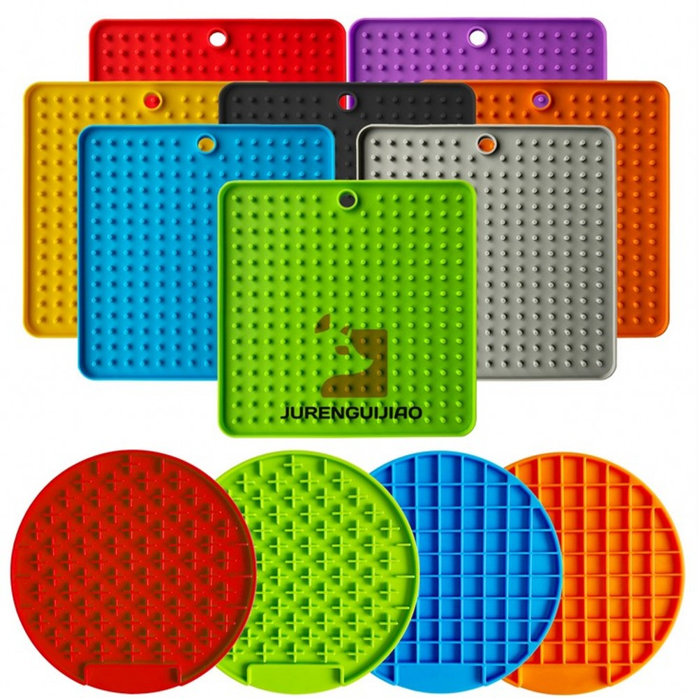 New Pet Dog Feeding Food Bowl Silicone Dog Feeding Lick Pad Dog Slow Feeder Treat Dispensing Mat For Dogs Cats Slow Food Bowls