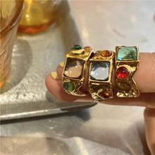 AOMU kolorowe Vintage barokowy Premium pozłacane kryształowe pierścienie Rhinestone francuski nieregularne geometryczne metalowe złote pierścionki dla kobiet tanie tanio Brak CN (pochodzenie) Unisex Archiwalne Kolczyki bransoletka Moda Zestawy biżuterii Party GEOMETRIC