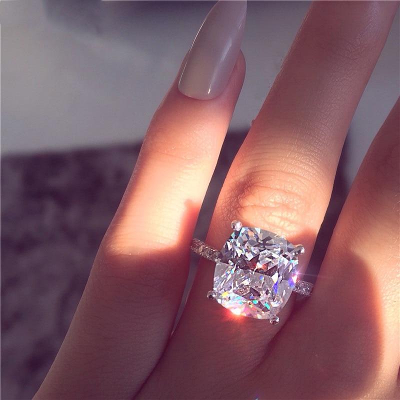 FFLACELL Dazzling Rhinestone Jewelry Zinc Alloy White Rhinestone Bride Engagement Wedding Ring For Women Fashion Jewelry