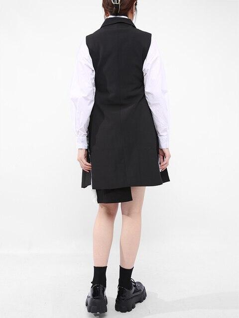 [EAM] Women Loose Fit Black Button Cross Irregular Long Vest New Lapel Sleeveless Fashion Tide Spring Summer 2021 1DD929701 6