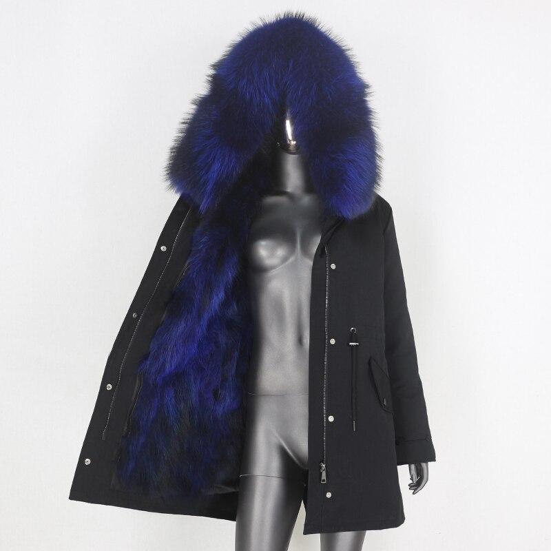 black blue D