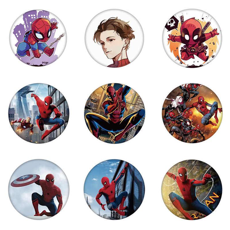 1PCS Peter Parker ไอคอนแมงมุมพลาสติก Badge เข็มกลัดน่ารักสำหรับตกแต่งกระเป๋าเป้สะพายหลังเสื้อผ้าผ้าพันคอ Pin สำหรับเด็กของขวัญปาร์ตี้