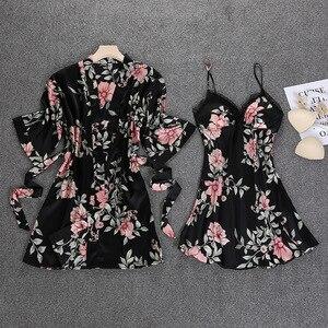 Image 1 - 블랙 봄 새로운 여성 2pcs 가운 정장 슬리퍼 캐주얼 홈 파자마 섹시한 스트랩 Nightwear 수면 기모노 목욕 가운 세트