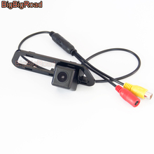 BigBigRoad Wireless Vehicle Rear View Parking CCD Camera HD Color Image For Nissan Tiida C12 5D Hatchback 2011-2013 2015 Pulsar
