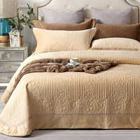 luxury European Style Fleece fabric Quilt sets Bedspread Pillowcases Double Bed Sheet Bed Cover blanket 245X245cm 3pcs