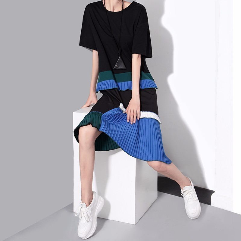 Short Sleeve Pleated Irregular Loose O-Neck Dress 5