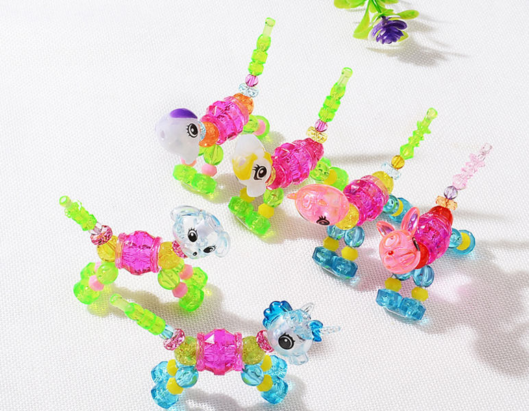 Christmas Kids Toys Plastic Cartoon Bracelet Bangle Girls Magic Animal Bracelets Deformation Toys For Kids Classic Unicorn Beads