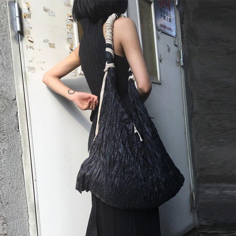 personalidade nova cor preta mulher plissado grosso