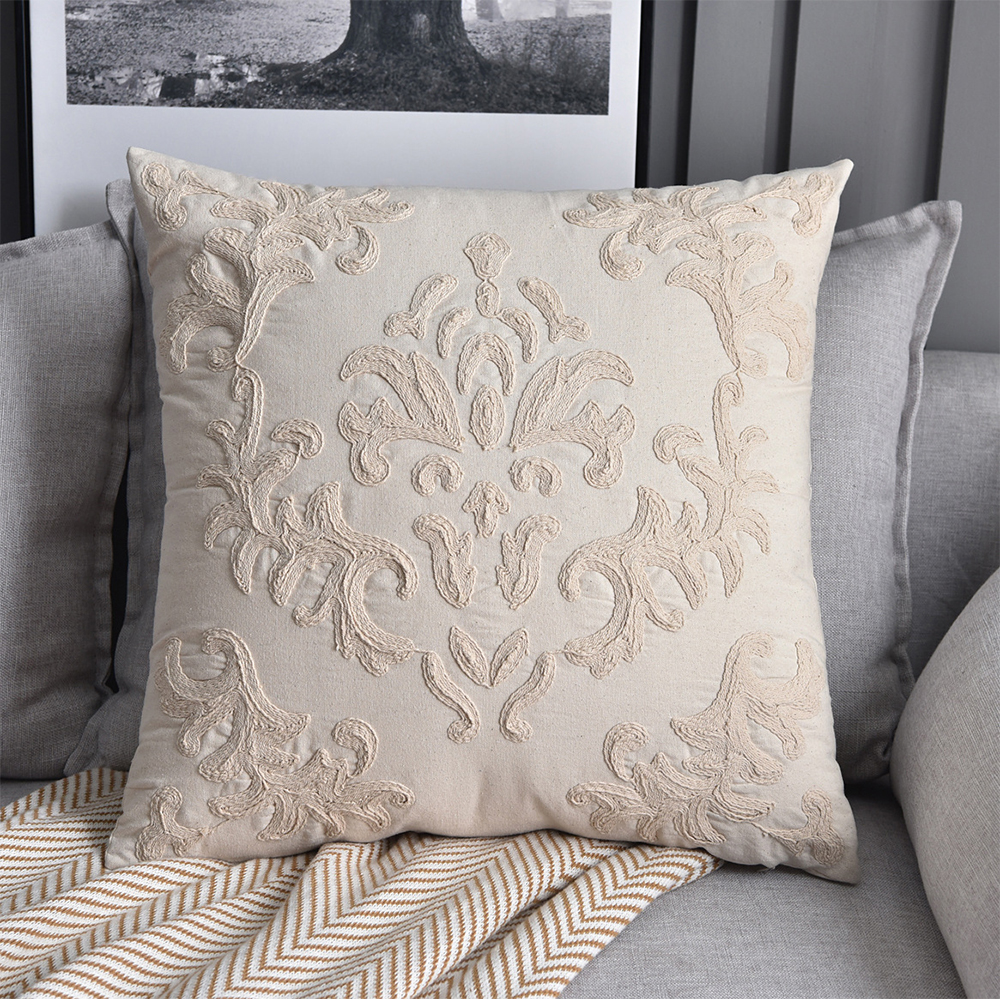 Stereoscopic Embroidery Flowers Cotton Cushion Cover 50x50cm