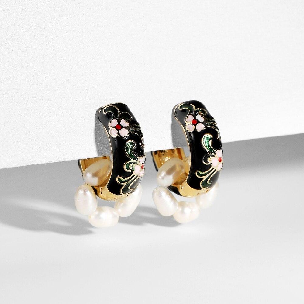 Bohemia Natural Pearls Small Flower Hoop Earrings Vintage Enamel Round Circle Huggie Earrings Statement Women Jewelry Brincos