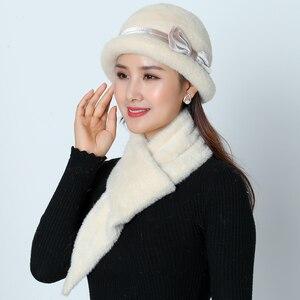 Image 2 - ใหม่หมวกฤดูหนาวหมวกชุดผู้หญิงอบอุ่นถัก Skullies ขนสัตว์กระต่าย Beanies สีทึบ Mink Plush Bow Baggy หมวก Headwear