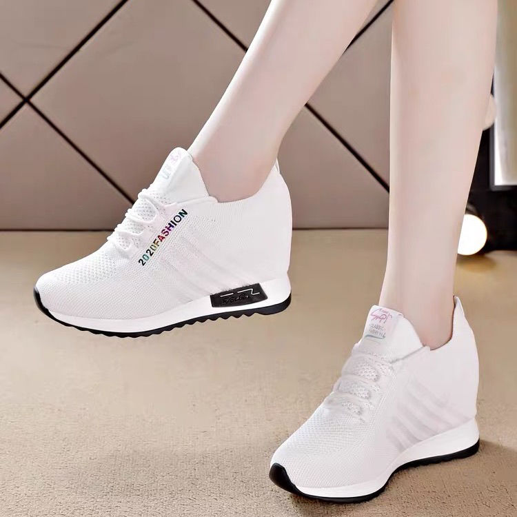 New Internal Increase Thick Bottom Shoes White Women Slimming Mesh Breathable Black Sports Casual Shoes Sneakers Platform Shoes