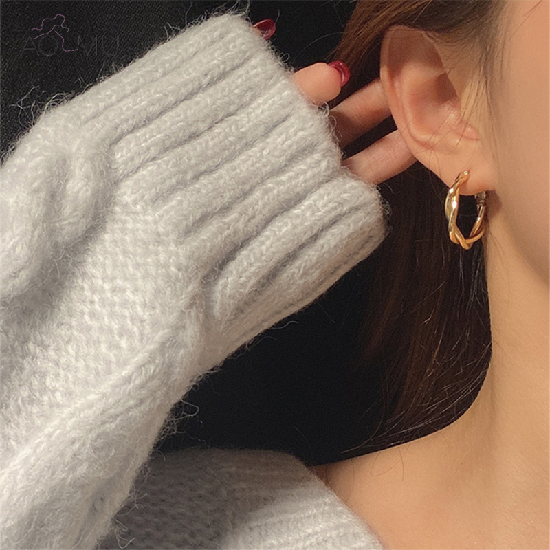 AOMU New Distortion Interweave Twist Metal Circle Geometric Round Hoop Earrings for Women Girls Accessories Party Retro Jewelry