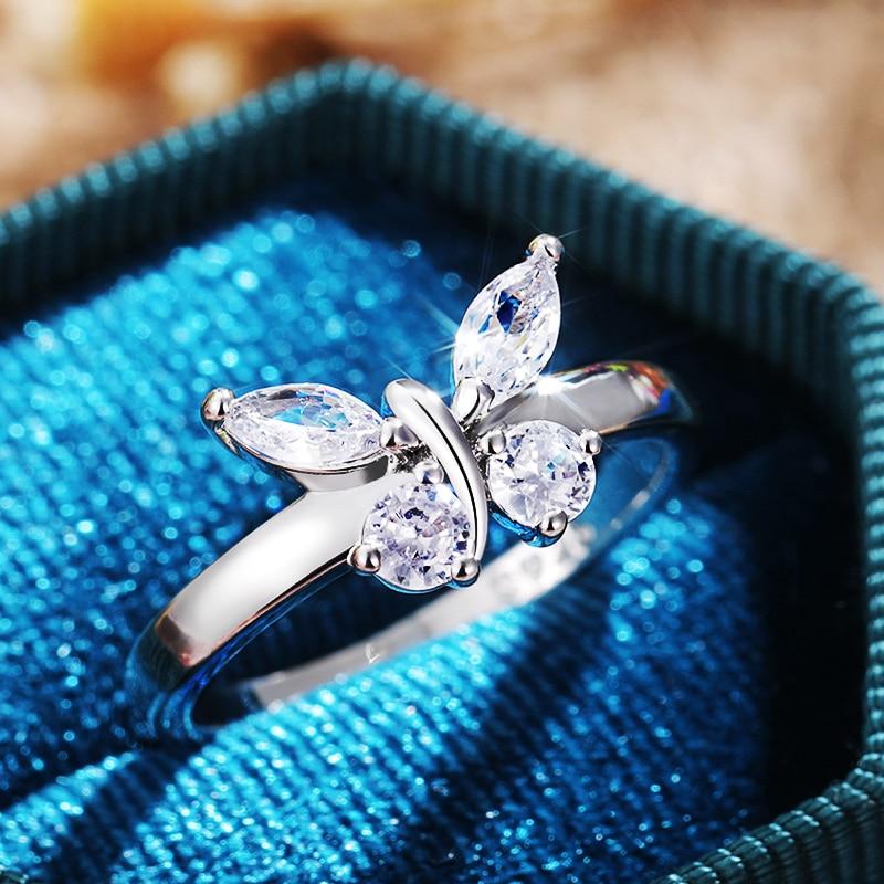 Huitan criativo anéis de borboleta acessórios de festa fina brilhante zircônia cúbica presente de aniversário alta qualidade anéis de indicação feminino