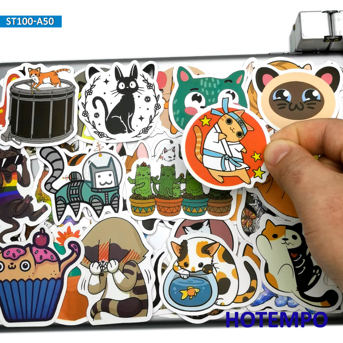 50pcs Cute Cats Pets Anime Style Stickers Toys For Children Kids Scrapbook Stationery Mobile Phone Laptop Cartoon Decal Stickers