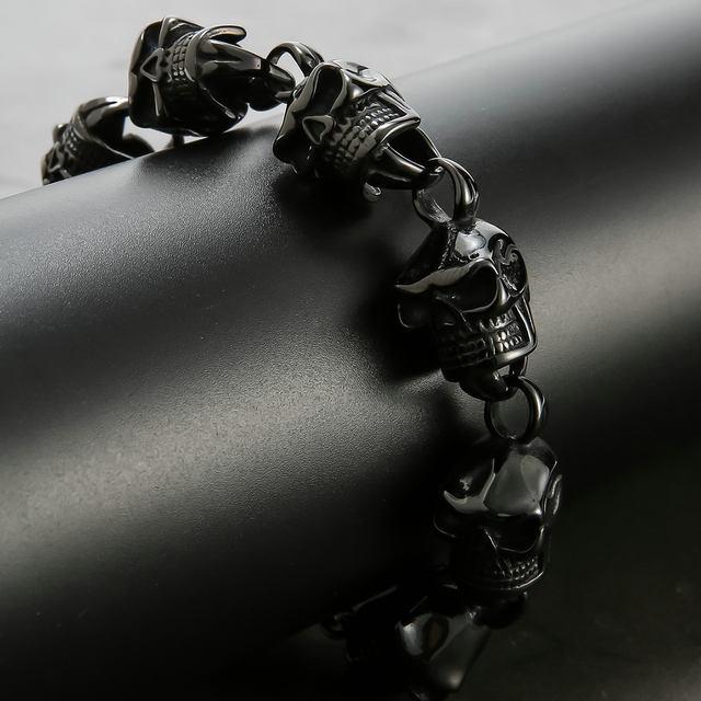 BLACK STAINLESS STEEL SKULL HEAD BRACELET