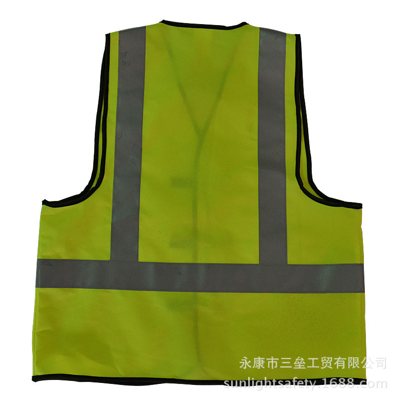 Hot Selling Third Base Reflective Vest Reflective Safety Clothing Summer Riding Farewell Hot Enjoyment Self-Release