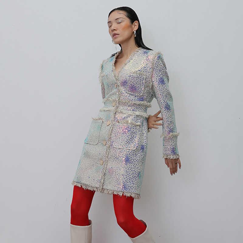 TWOTWINSTYLE 캐주얼 패치 워크 술 여성 V 넥 긴 소매 높은 허리 스팽글 자켓 여성 2020 의류 패션
