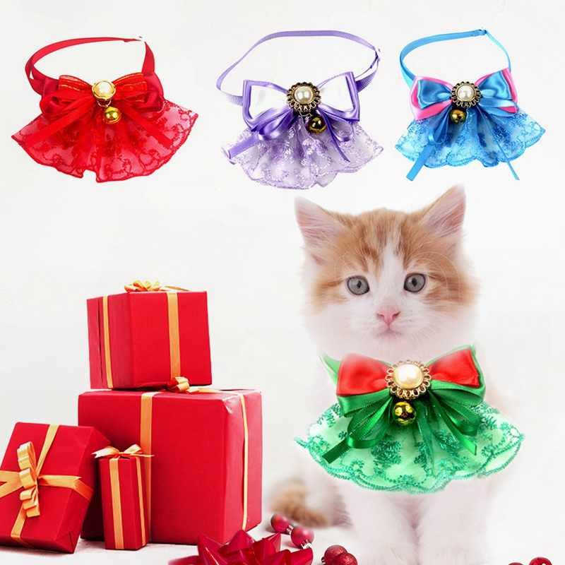 Śliczne boże narodzenie regulowany koronki Bowknot kołnierz z dzwonkiem pies kot dekoracyjne muszka boże narodzenie kołnierz naszyjnik akcesoria dla zwierząt domowych