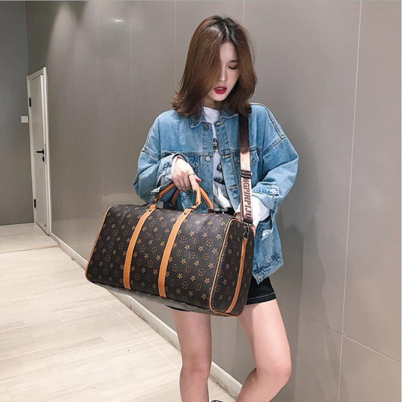 Classic Plaid Pattern Travel Bag Business Sports Gym Outing Bag Premium PU Luxury Design Lady Bag Large Capacity Boarding Bag