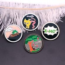 Enamel Pin Physical Formula Brooches Newton Einstein Badge Lapel / Hat Pin Badge Pins Denim Jacket Oil Drop Collar Pins DC170