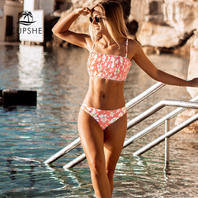 CUPSHE Pink Floral Smocked Bandeau Top Low-Waitsed Bikini Sexy Swimsuit Two Pieces Swimwear Women 2020 Beach Bathing Suits 1