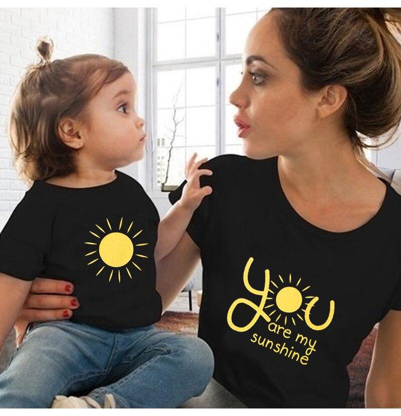 С принтом «you are my sunshine для всей семьи, футболка для мамы, дочки, папы и сына; Детская футболка Топы, комбез одежды для семьи Повседневная семей...