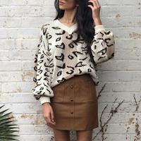 Mossha Elegant Leopard print v neck pullover sweater female 2019 winter casual Lantern sleeve jumper sweater streetwear ladies