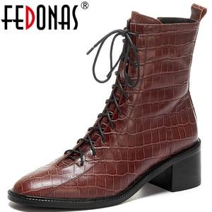 Женские ботинки из натуральной кожи FEDONAS, черные туфли на толстых каблуках с боковой молнией, вечерние ботинки в стиле ретро на зиму 2019