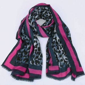 Image 2 - ヒョウのスカーフの女性の冬のショール赤ラフエンドツイル綿高品質印刷パシュミナイスラム教徒ヒジャーブsjaalストールスカーフ女性