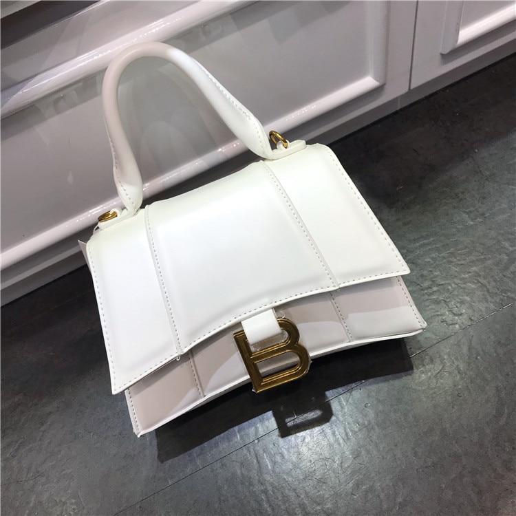Luxury Leather Golden Big B Bag For Women Celebrity Same Paragraph Big B Crescent Bag Messenger Bag For Ladies