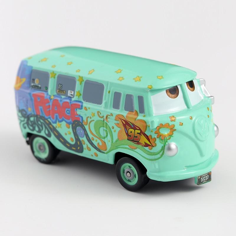 Disney Pixar Cars 2 Cars 3 Lightning McQueen Mater Jackson Storm Ramirez 1:55 Diecast Vehicle Metal Boy Kid Toys Christmas Gift