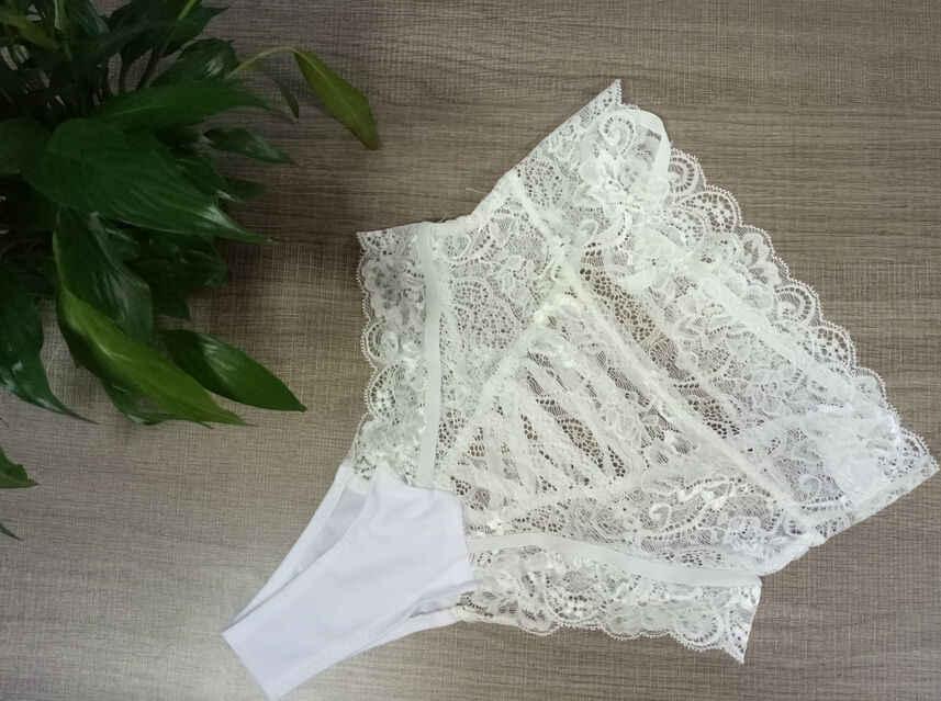 Venda quente das mulheres meninas sexy rendas cueca cuecas calcinha g-string lingerie tangs preto branco calcinha