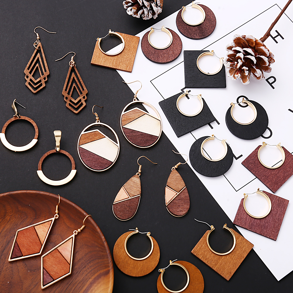 17KM Vintage Elegant Natural Wood Dangel Earrings For Women Fashion Bohemian Gold Geometric Splicing Hollow Drop Earring Jewelry
