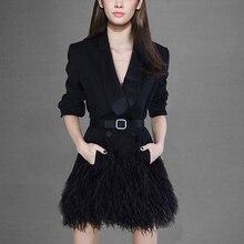 2020 primavera lujo pasarela mujeres doble botonadura fajas pluma borla negro largo abrigo señoras Vintage ropa de abrigo de manga larga