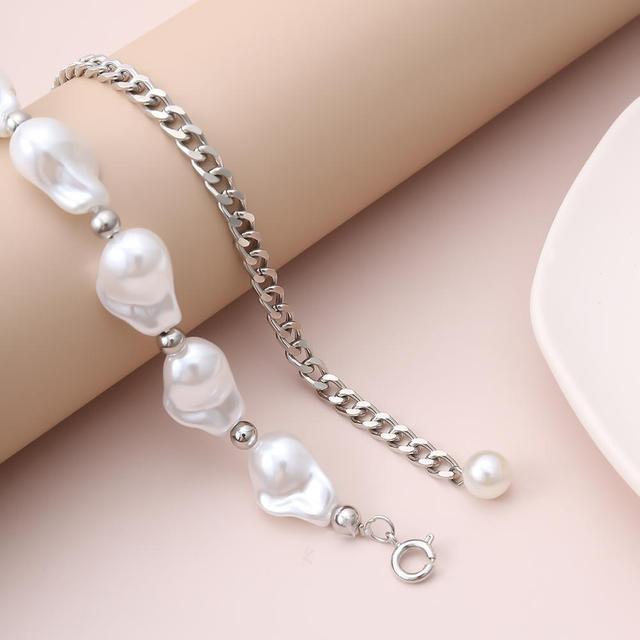 Goth Baroque Pearl Pendant Choker 4