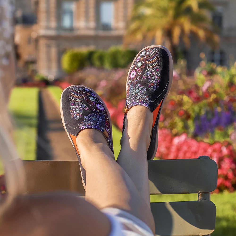 UIN Müßiggänger der Frauen Beten für Güte Leinwand Slip Auf Schuhe Leichte Kunst Gemalt Reise Schuh Schwarz Valentines Tag Geschenk 2020