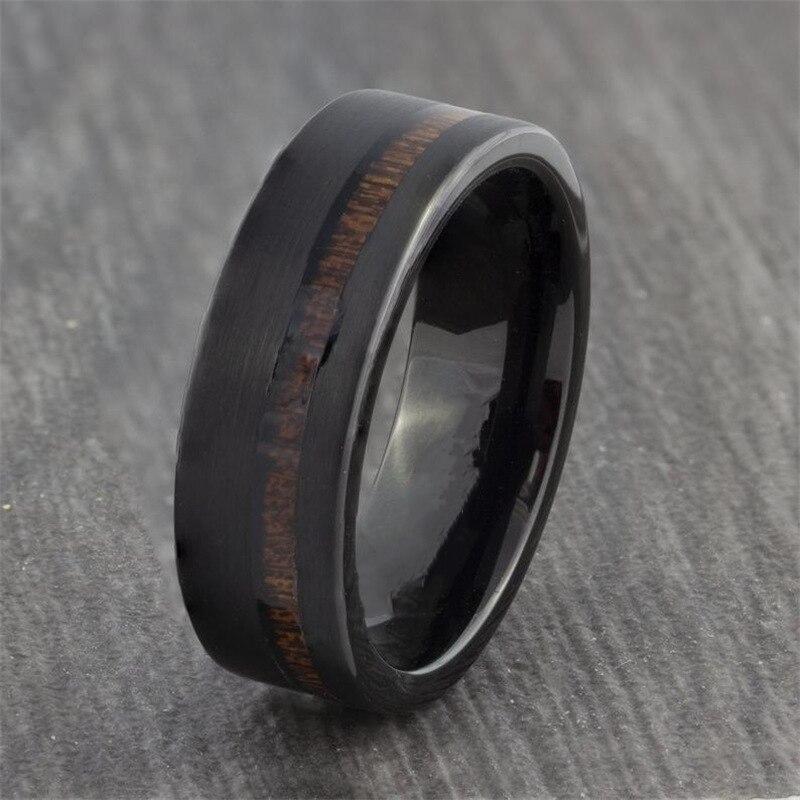 Высококачественное титановое кольцо для мужчин. Кольцо из нержавеющей стали с черной поверхностью и длинной деревянной текстурой. Модный м...